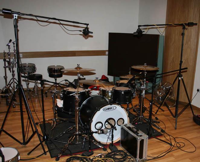 drums recording, запись барабанов на студии